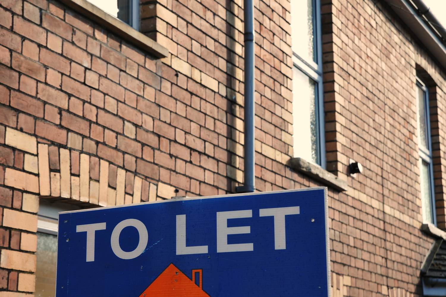 To Let sign on a terraced house property